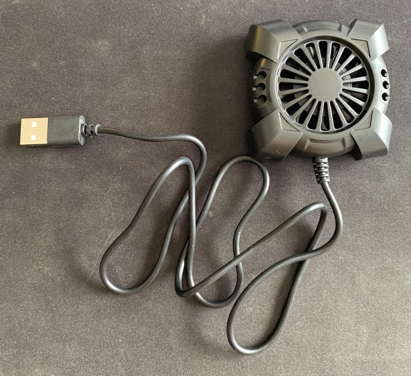 車載設置したGoProが熱くなるのでダイソーで買った100円の扇風機をつけてみた